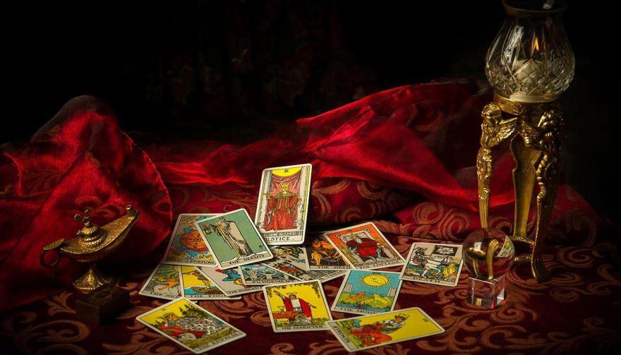 Какие магические инструменты помогут лучше узнать любимого человека
